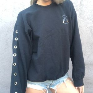 Double Pistol crewneck with silver Eyelet Sleeve